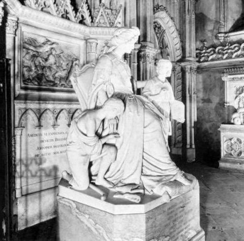 Statue de Marie-Christine