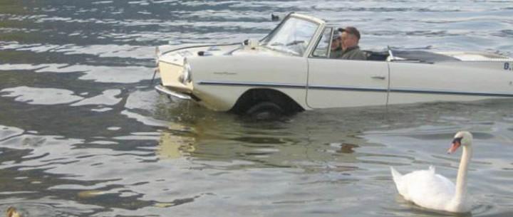 La voiture amphibie - 680
